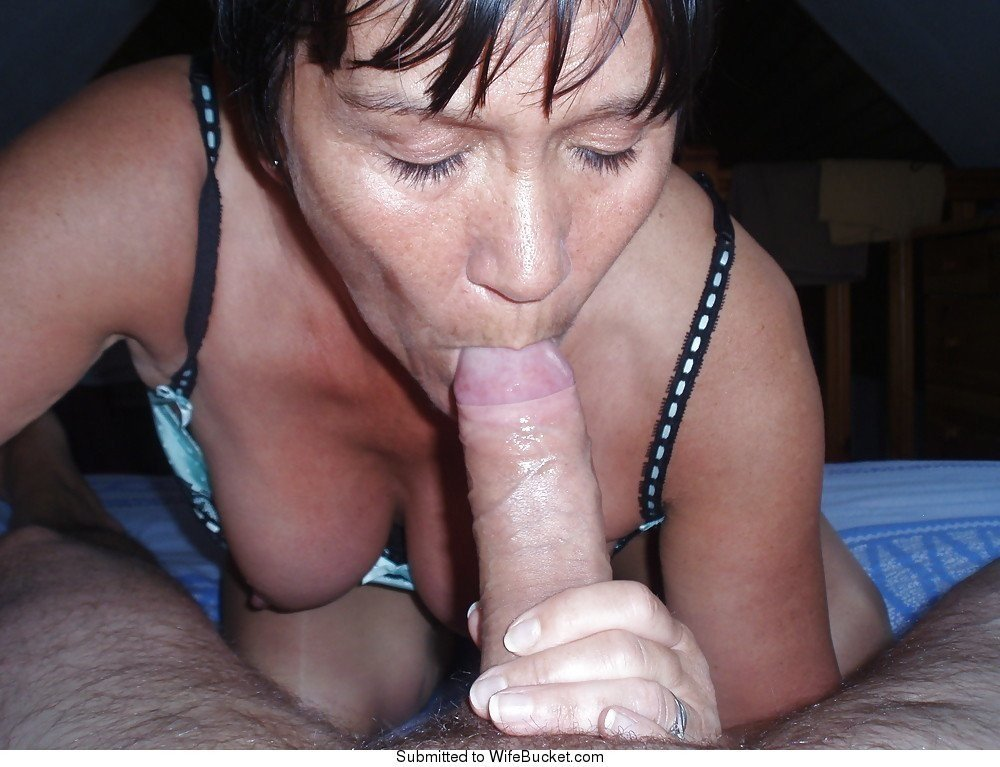 mature lesbian seduction hd