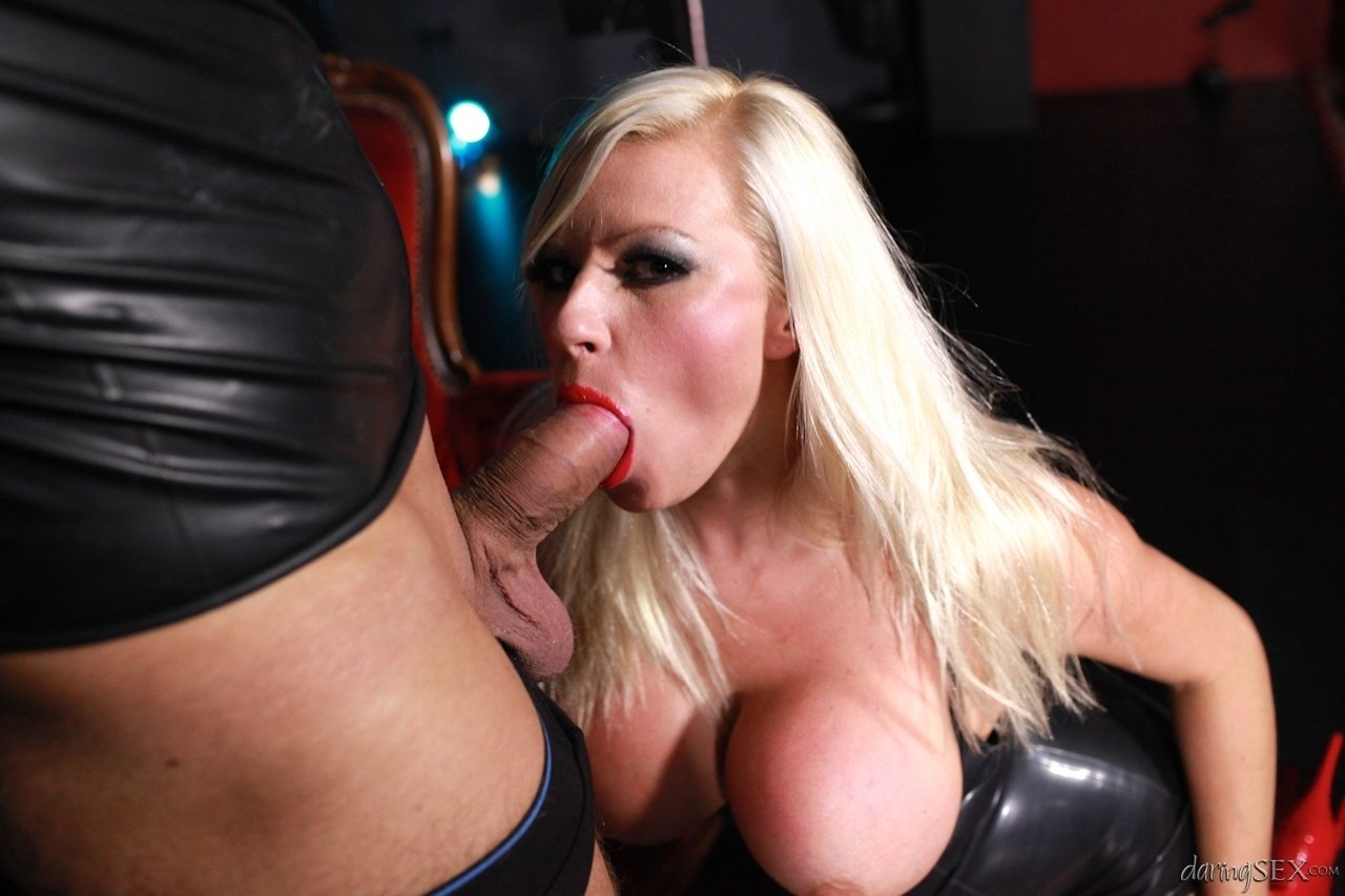 Solo swinger first time lesbian shy