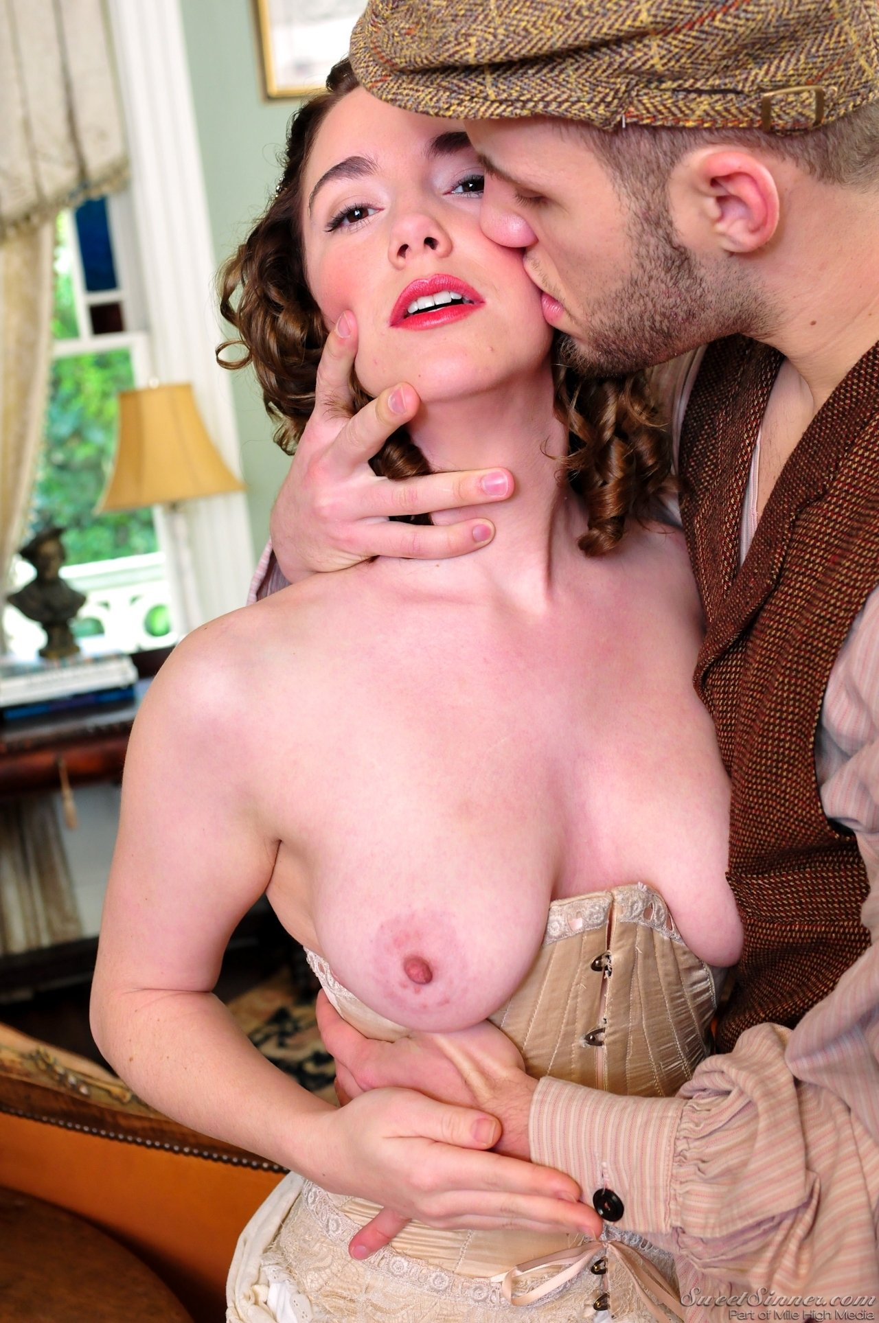 Porn sex with oil Wife strips and masturbates for husband