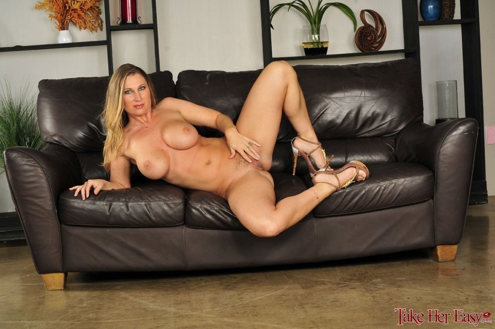 big tit blonde riding
