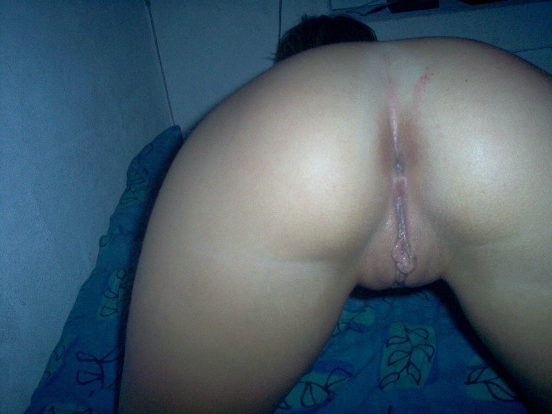 Amature ass masturbation