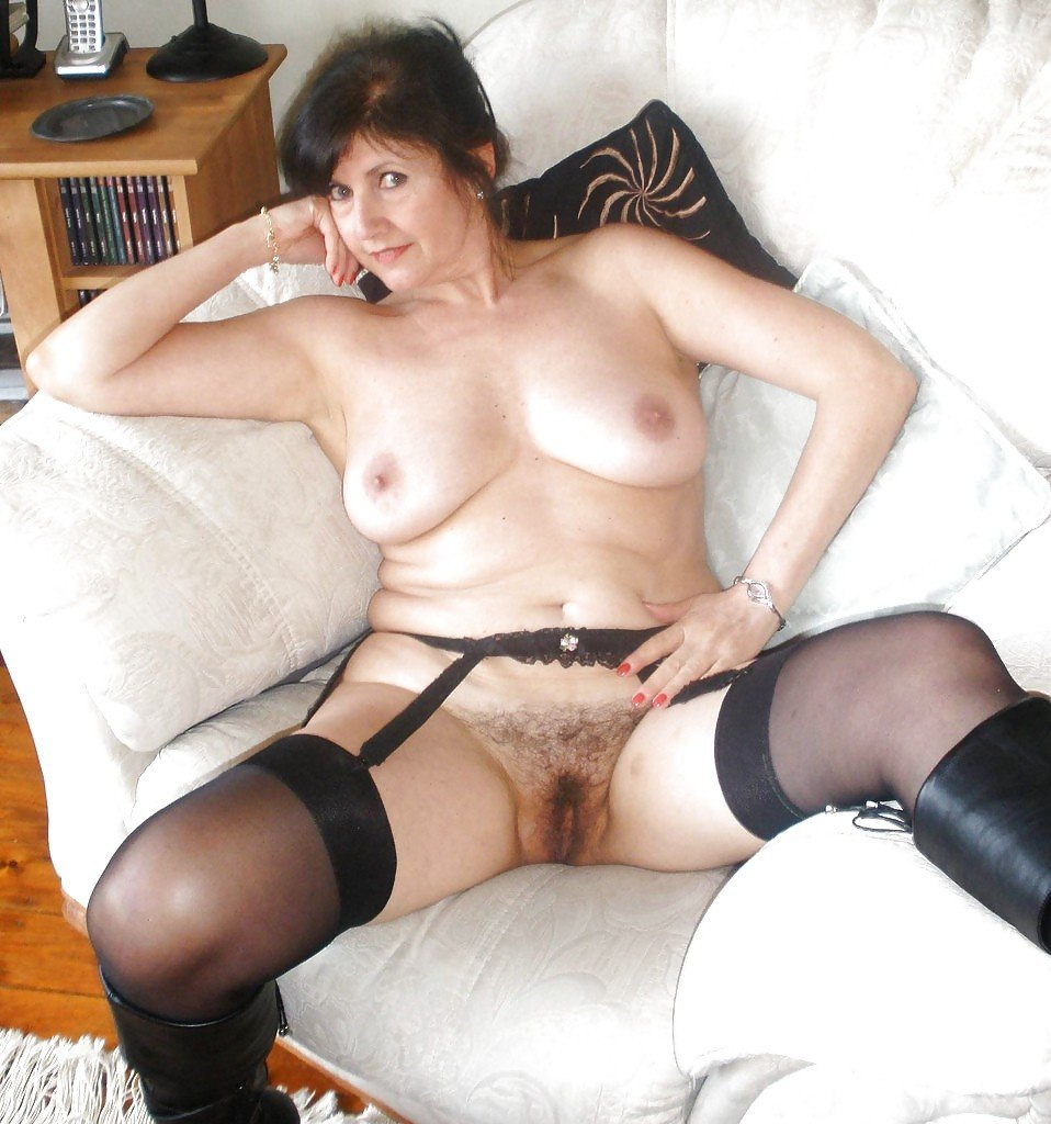 Sexy indian mom fuck son aunt home
