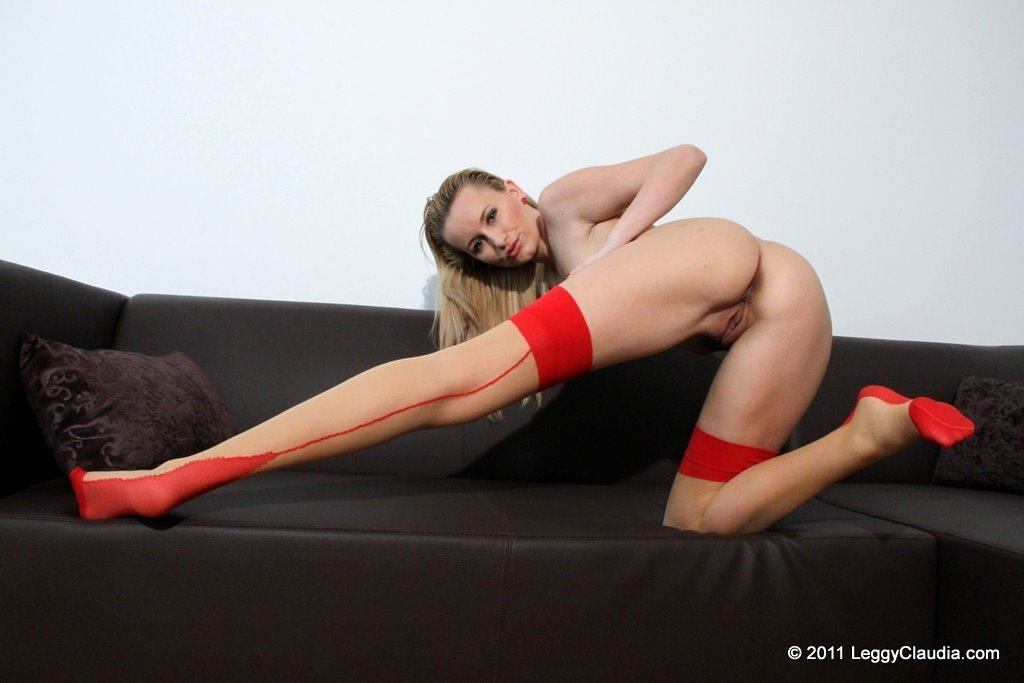 Diniece reccomended Mad at husband blowjob