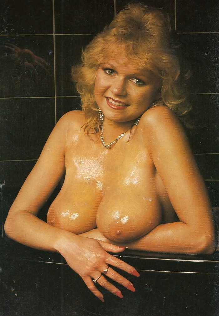 Daigal    reccomended chubby natural boobs