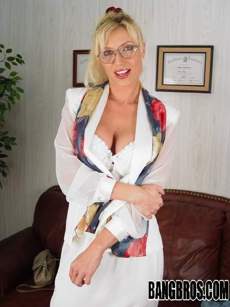 Be paid as a swinger granny big anal dildo