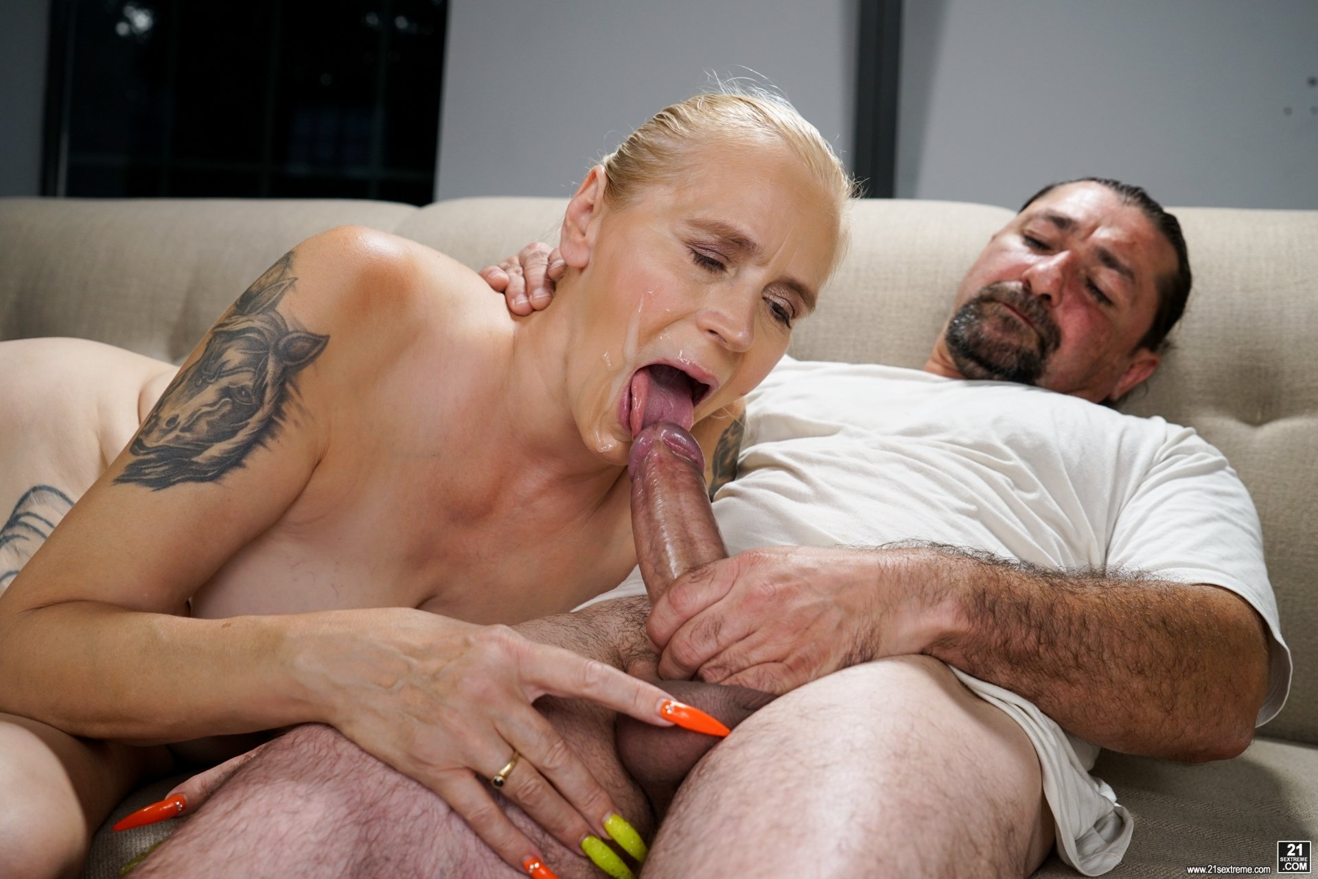 Wife loves new dick