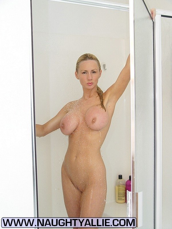 Older wife photos nude