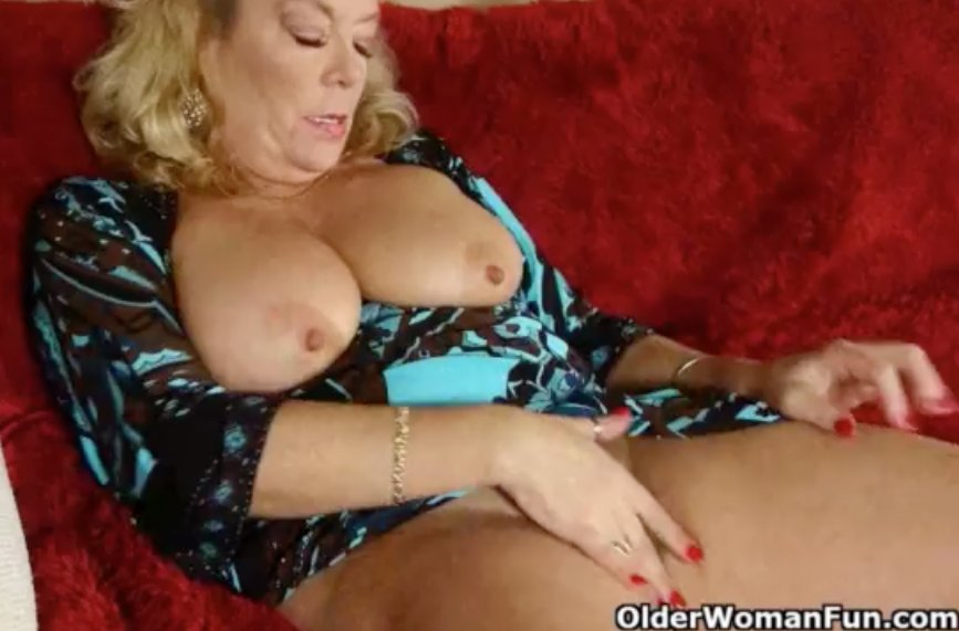 Free nude mature galleries #1