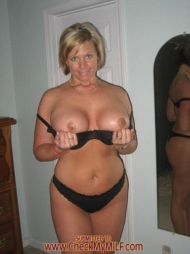 nude moms over 0 add photo