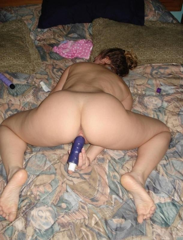 latina milf next door add photo