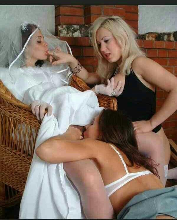 Homemade wife double teamed
