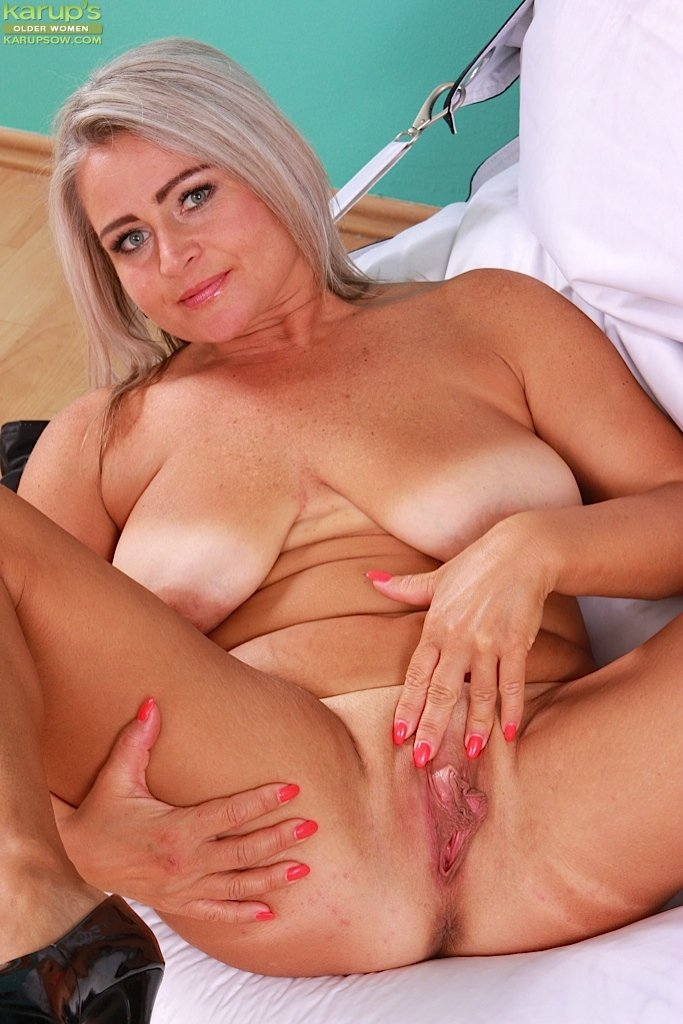 Latina milf phone sex #7