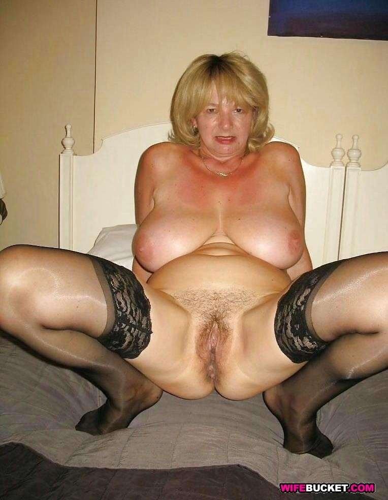 Fucking my gorgeous moms asshole &amp_ working her weird pussy