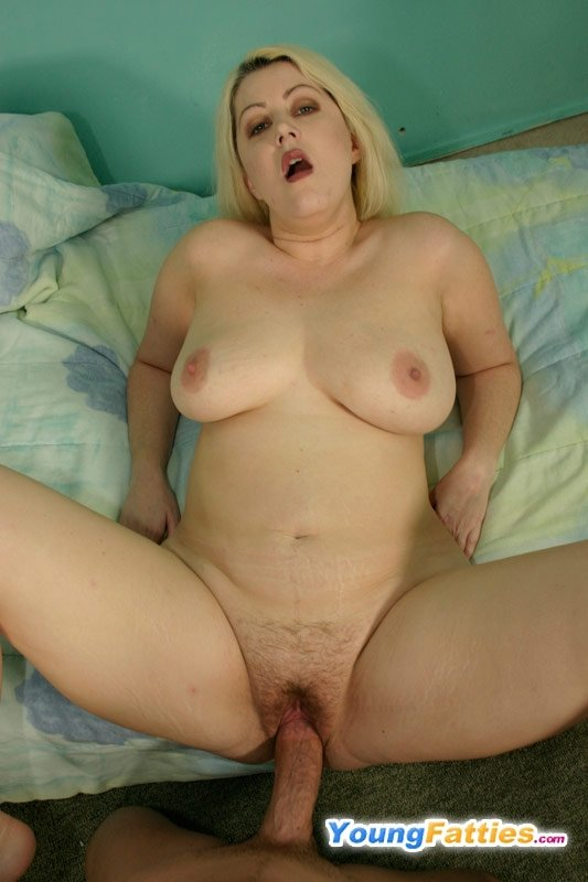 Kigagul    reccomended YouPorn - Beautiful blonde BBW gives a good blowjob
