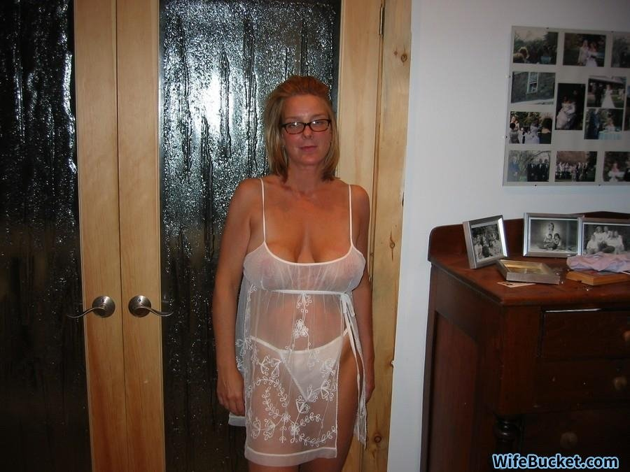 mother daughter lesbian affair milf at home pics