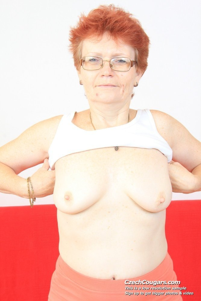 Fuck machine wife chubby mature first anal
