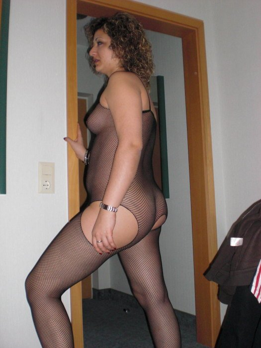 Gur    reccomended Dildo From behind