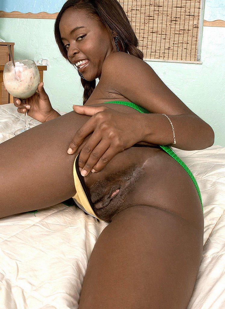 who else loves black pussy? gallery 1/1
