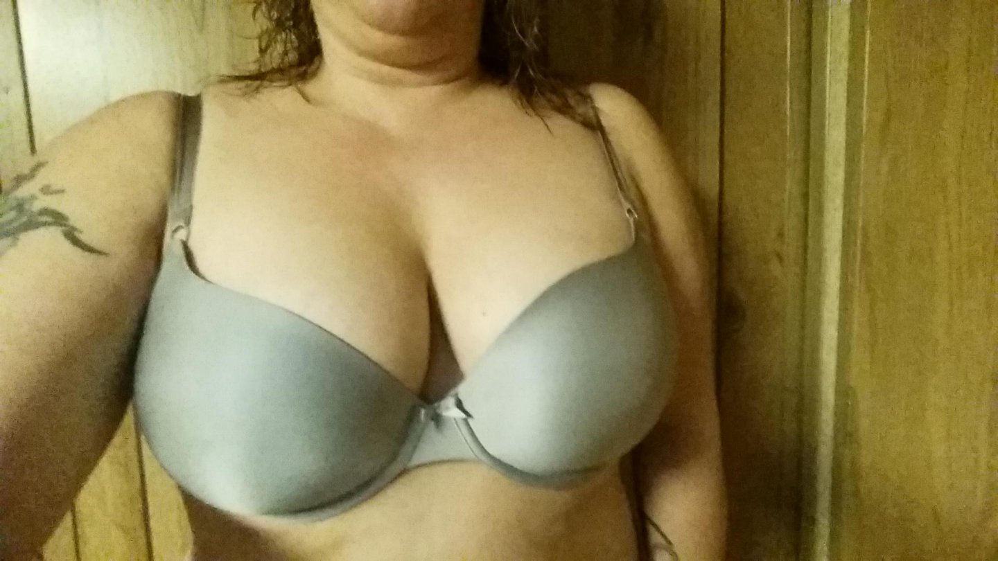 big boobs amateur gallery there