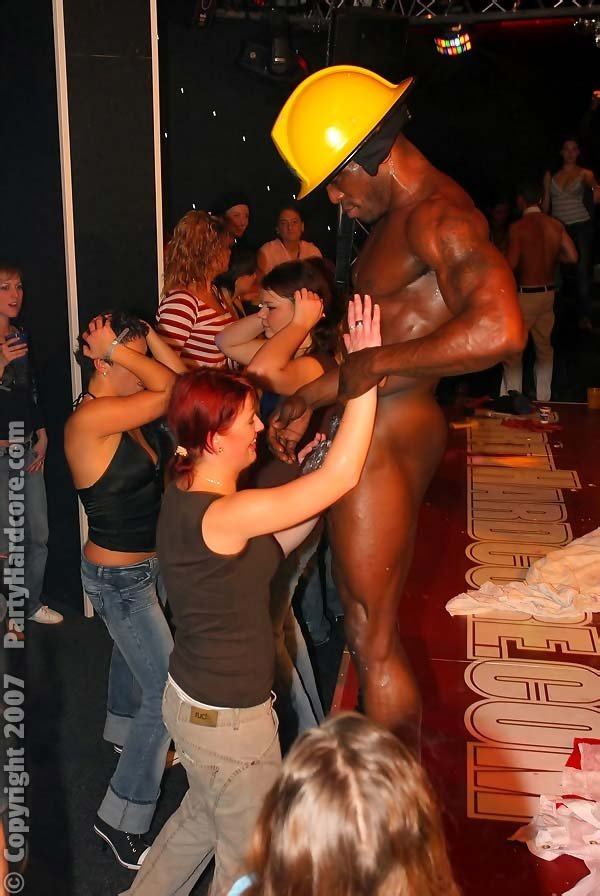Nasty black male stripper shows