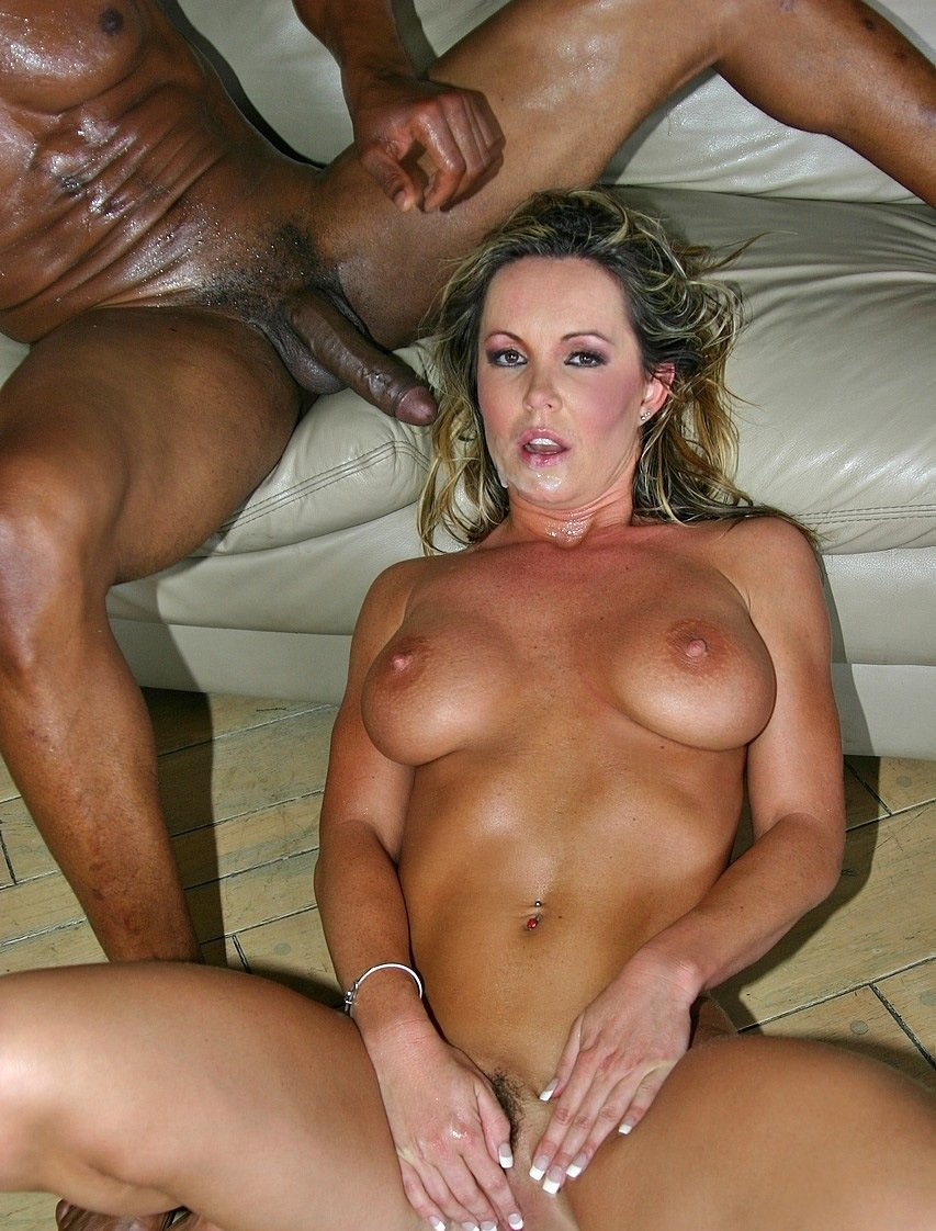 Hot sexy dirty slut cougars porn — pic 11