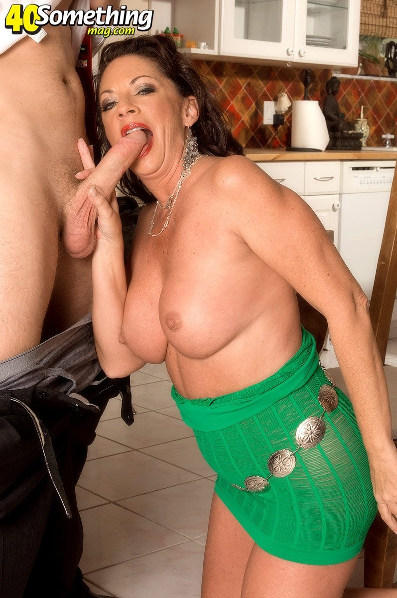 mature women with no tits