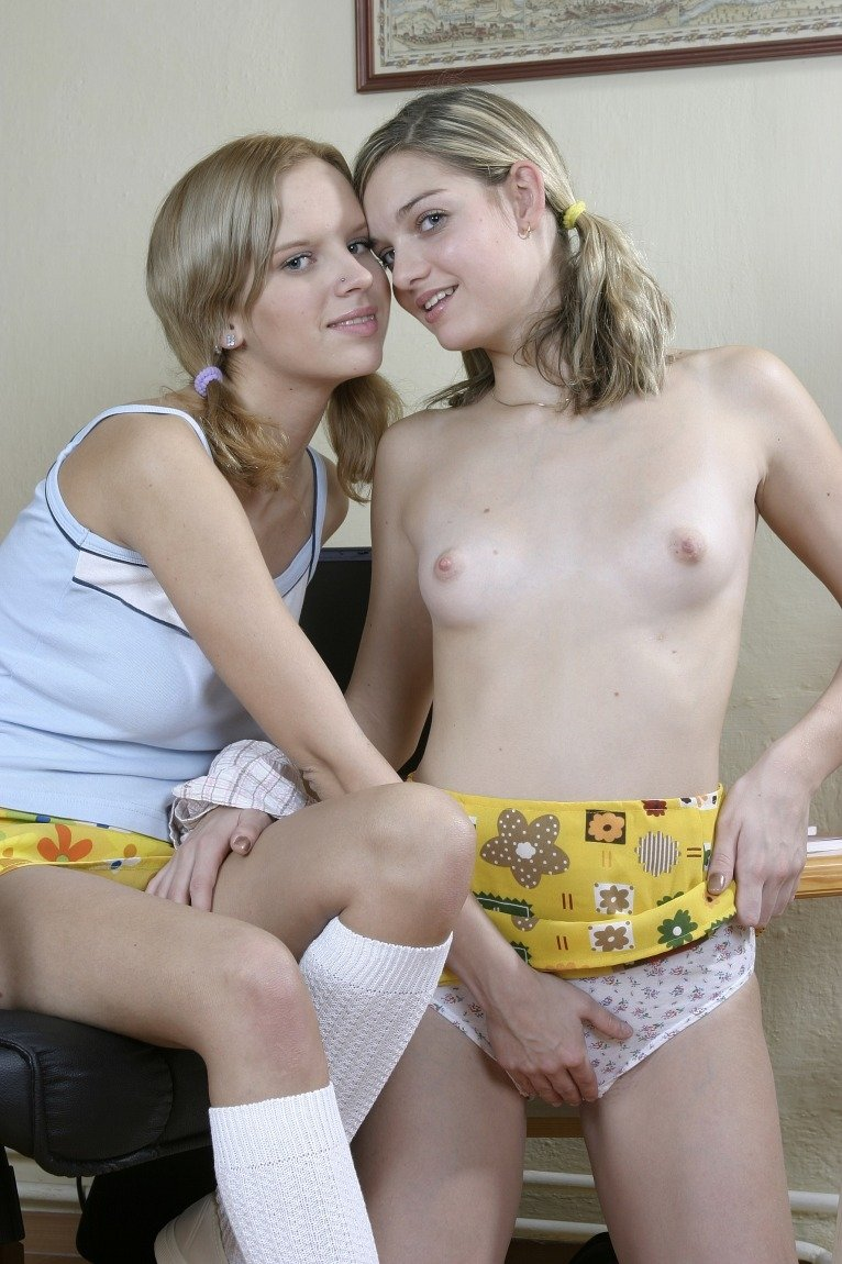 Free swingers swapping club games videos