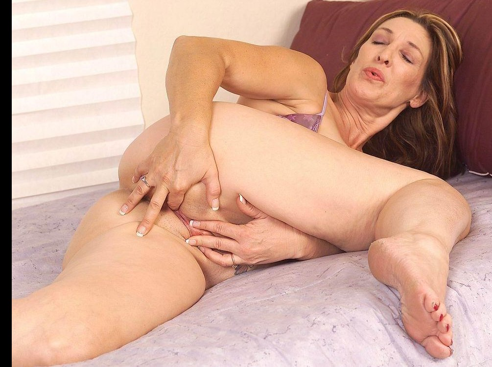mature madison nude french old granny porn