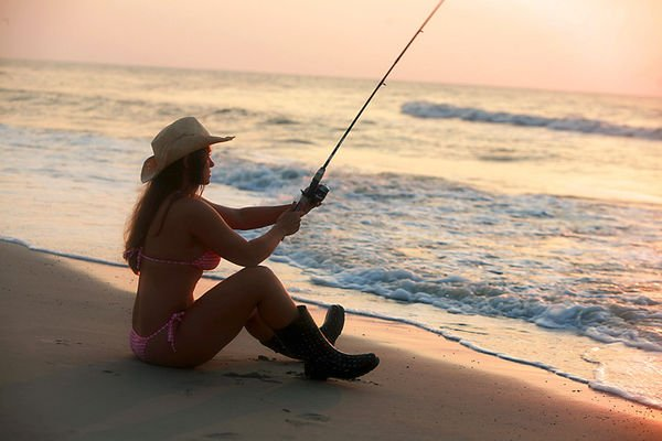 Amateur gf with hot ass anal teases during handjob