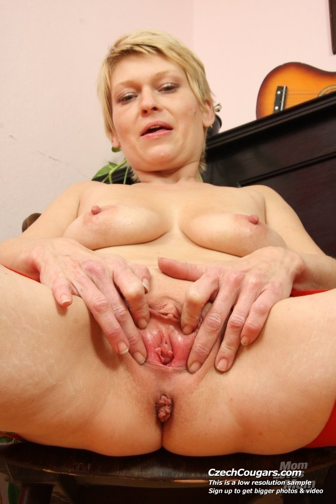 Hungarian mature porn tube Public amateur interracial