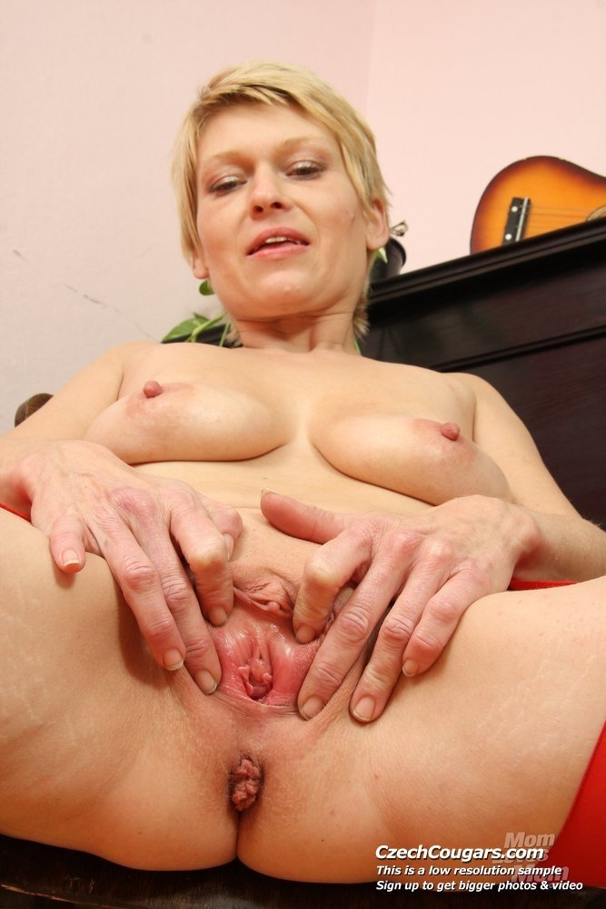 Fauramar    reccomended mature lesbian party porn