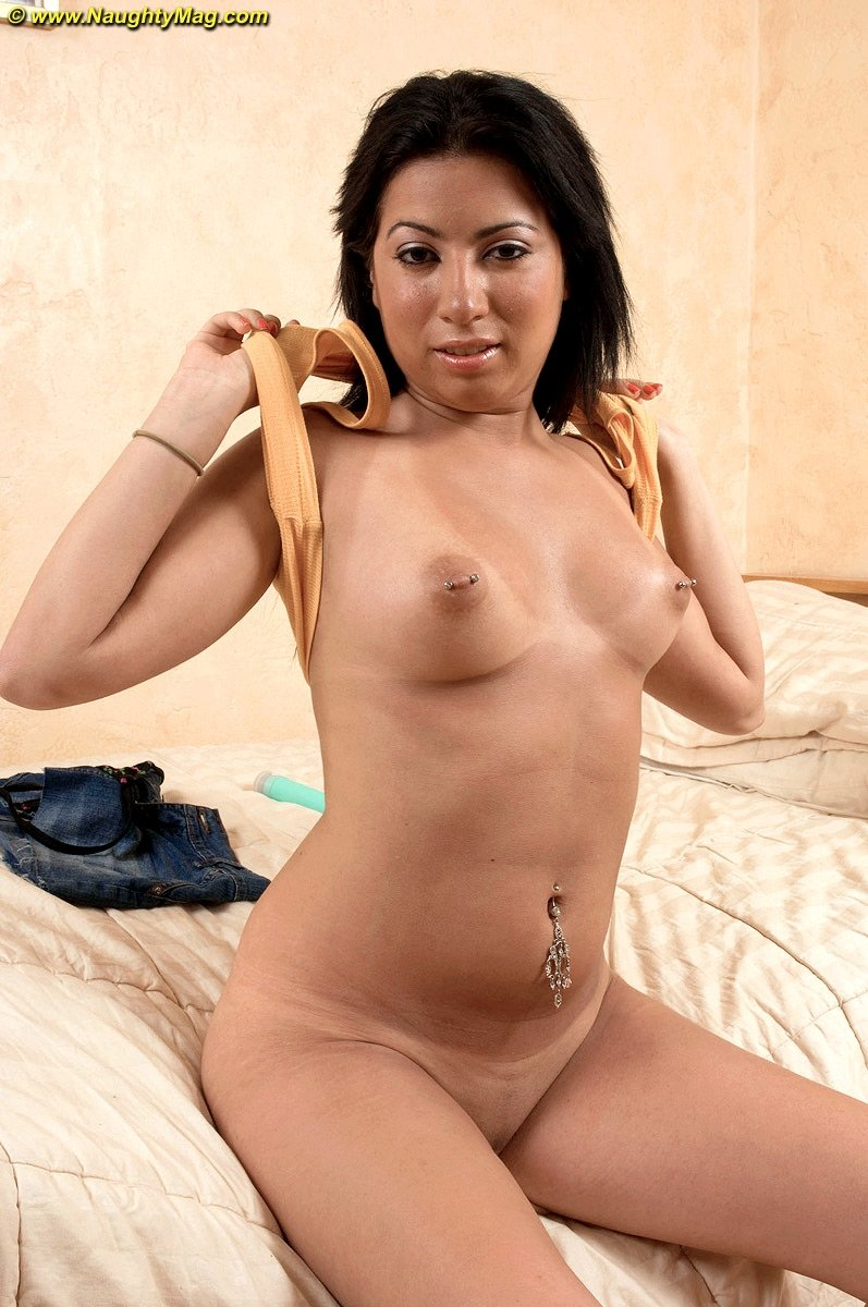 Chubby girlfriend gangbang