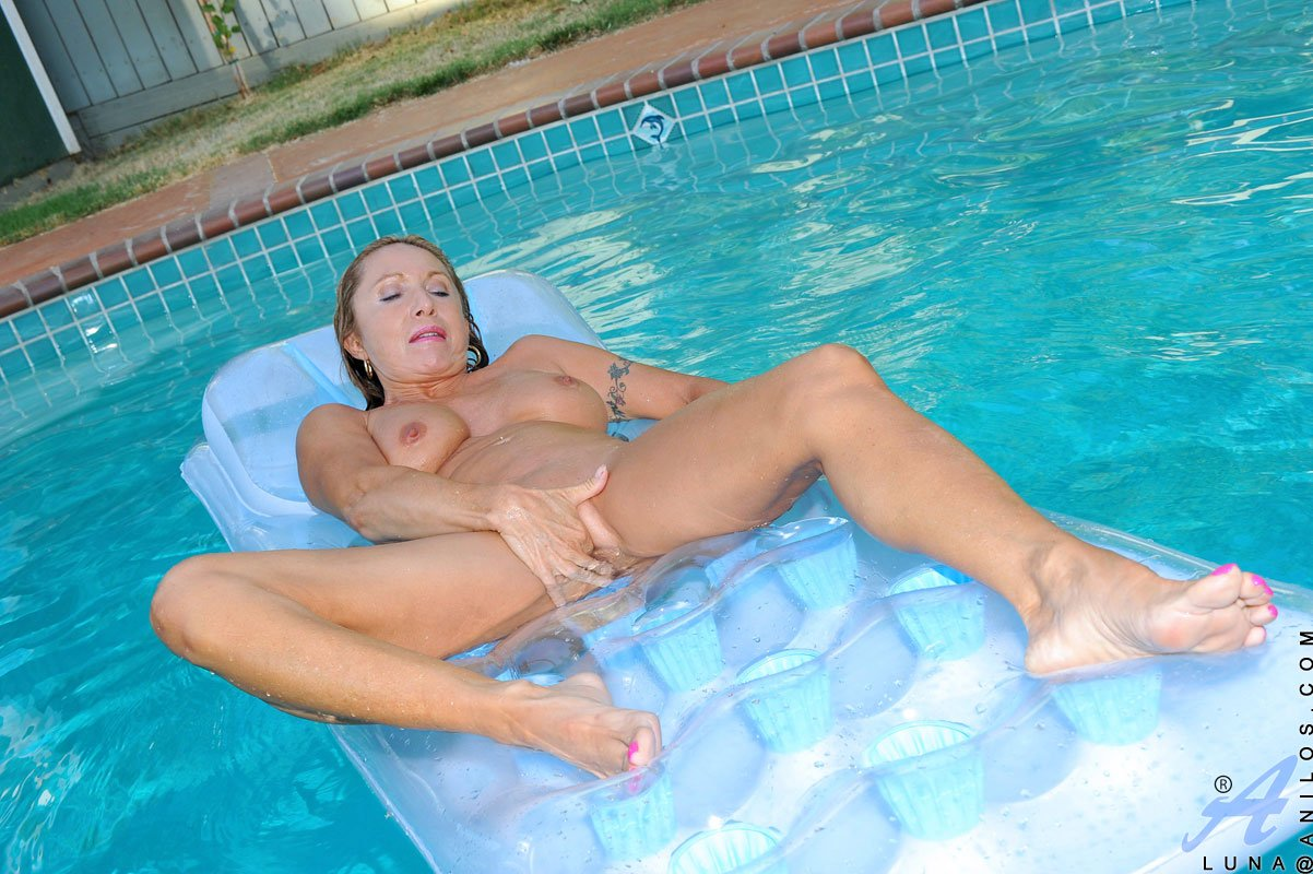 best of mature female nude videos