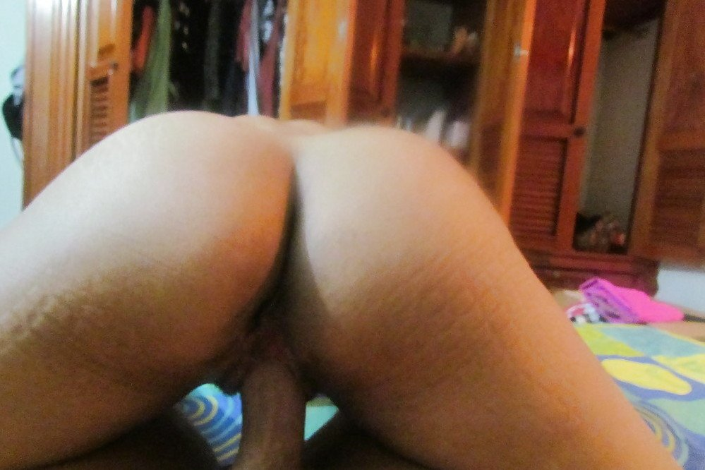 Man gives himself gaping anals Nora Barcelona deepthroats his big cock and get slammed hard
