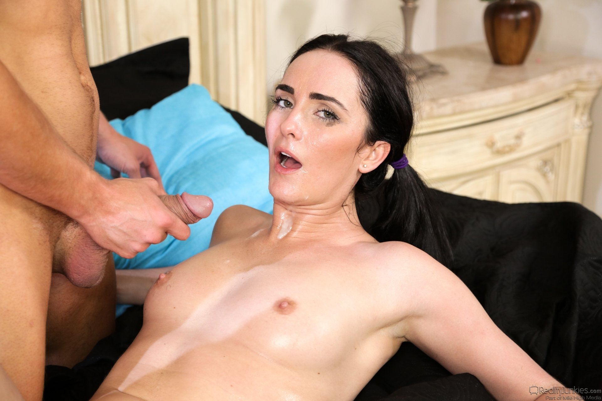 Amateur ashley facial