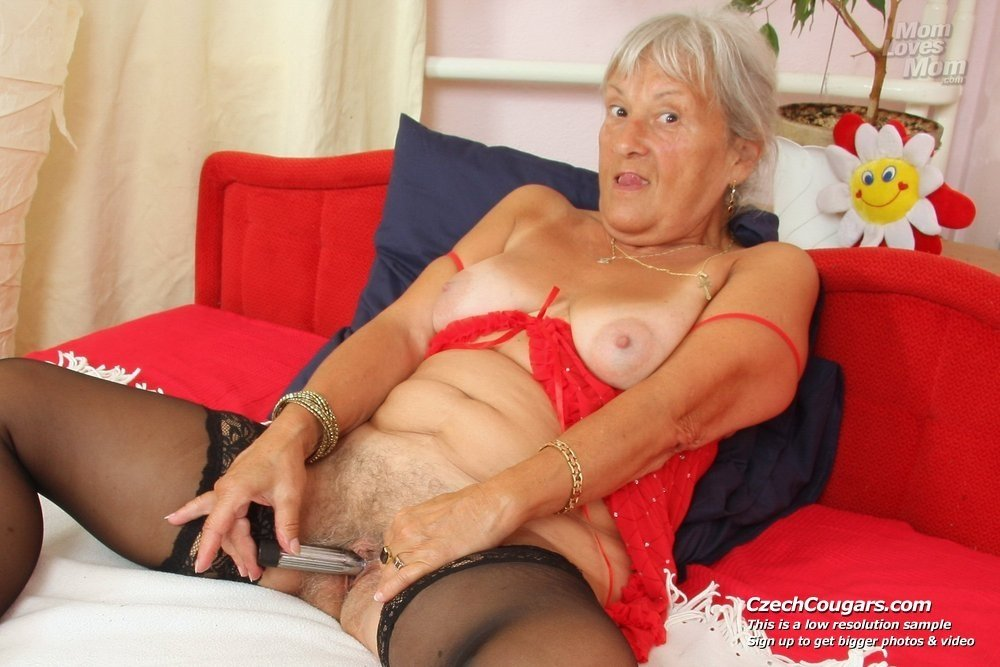 Wife blind folded and fucked very old granny porn pics