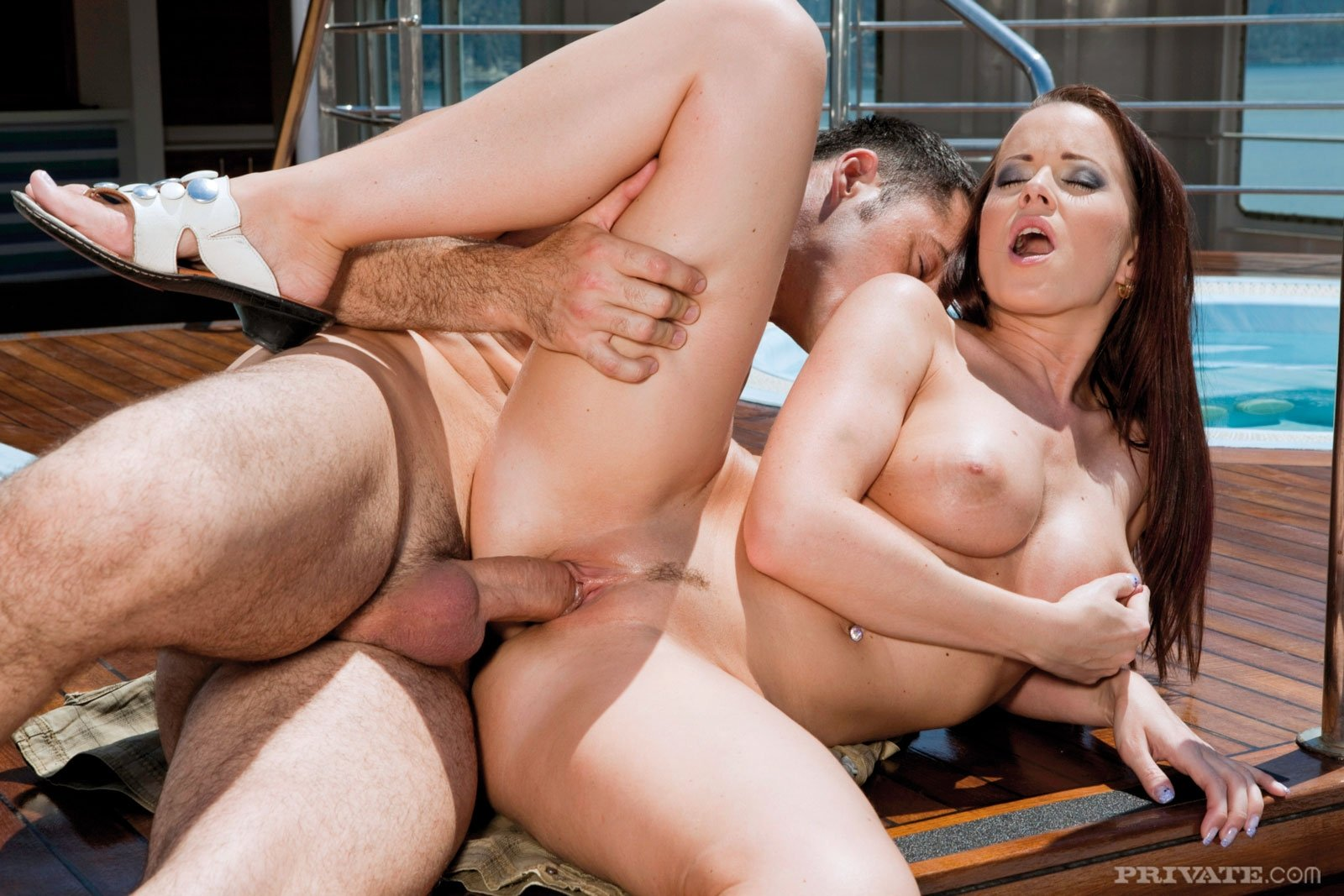 Private gallery of naked housewives little caprice anal dildo