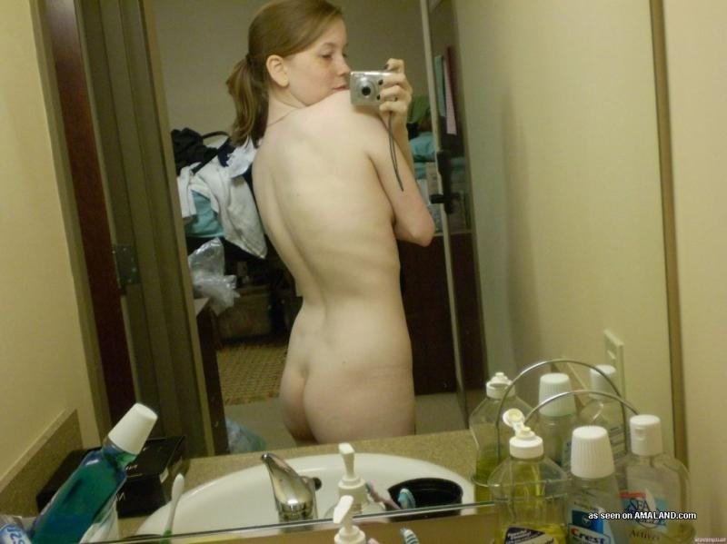 naked women big booty