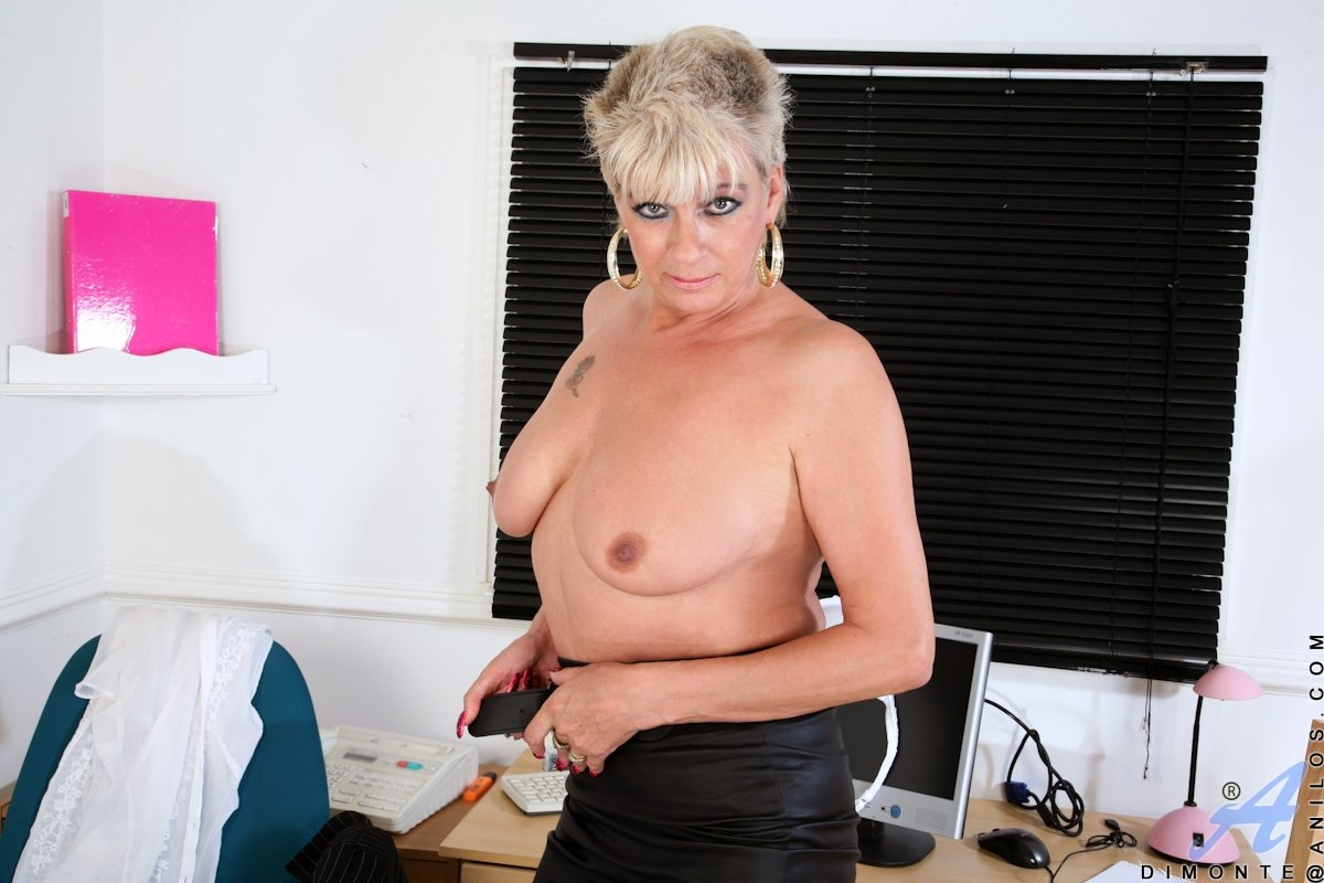 Mature hairy doggy Sexy work babes Home work woman fuck