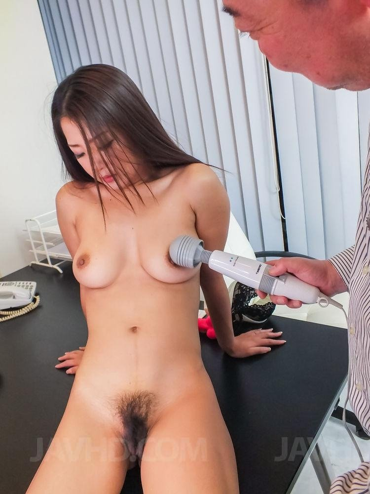 Husband offers wife big cock