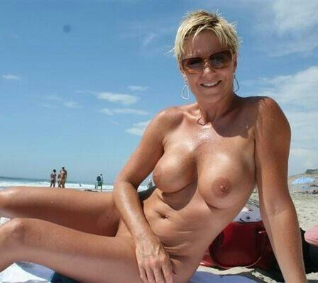 Mature boobs free pics #6