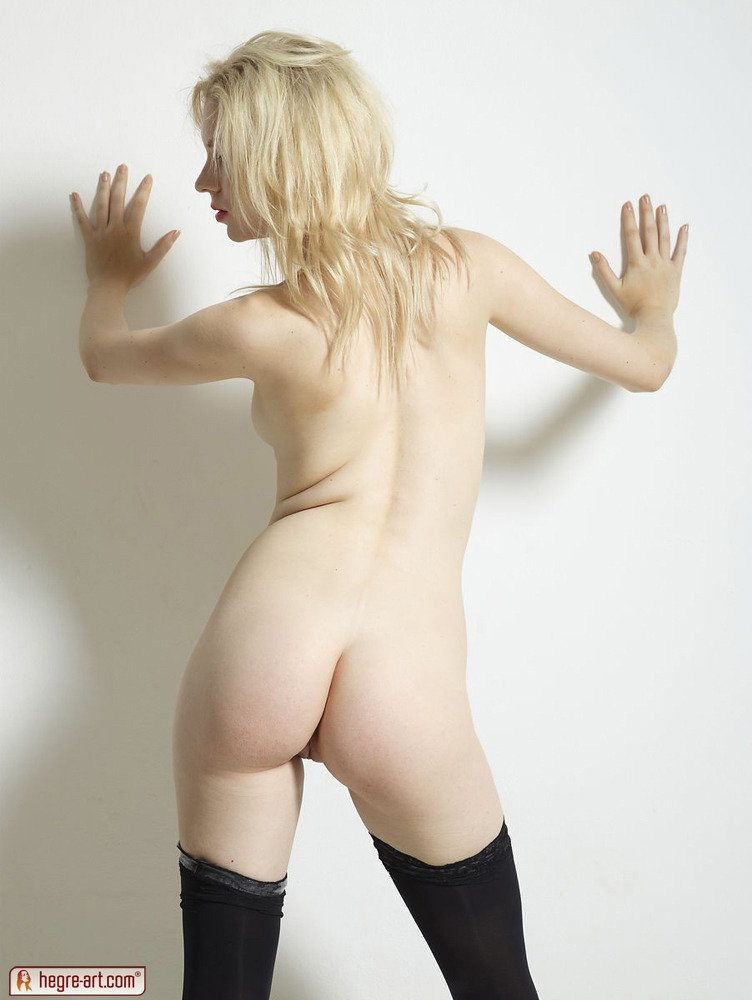 Sixy girl or dog Molly playing with her vagina on webcam meetsgram com hunter