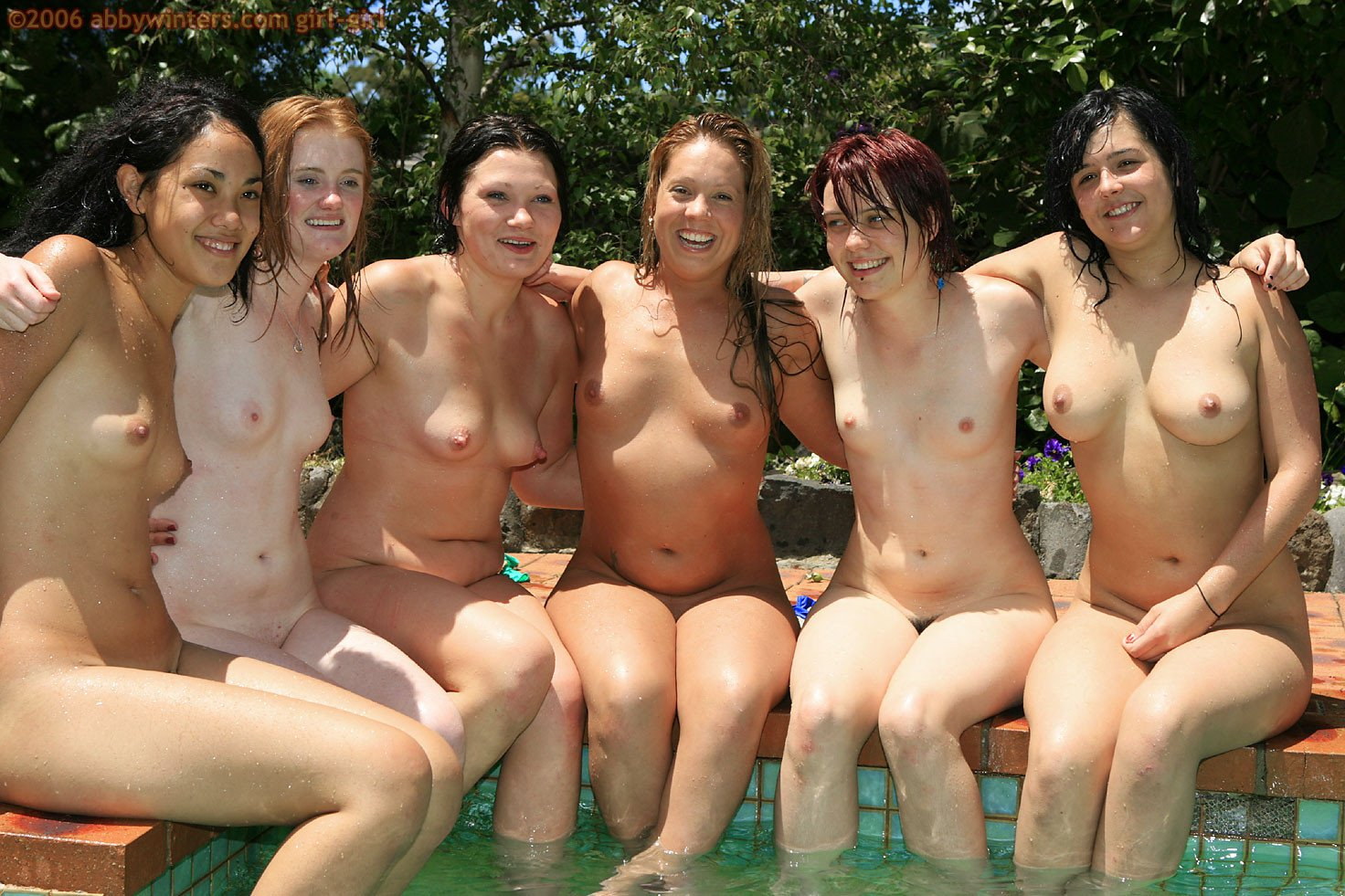 Bare women nudist