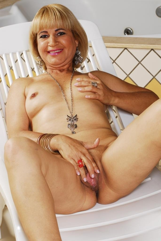 Russian Swingers first time pics of granny sex