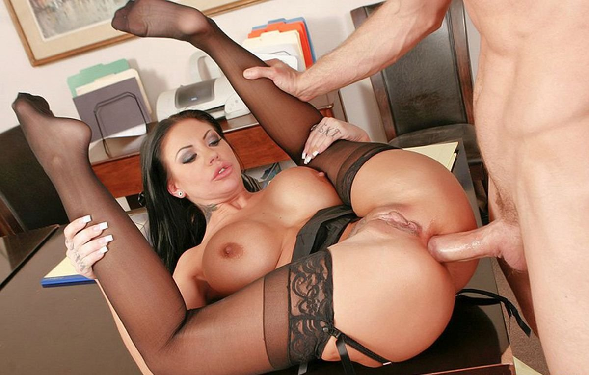 xxx-stockings-table-cannibal-girls-porn-animated