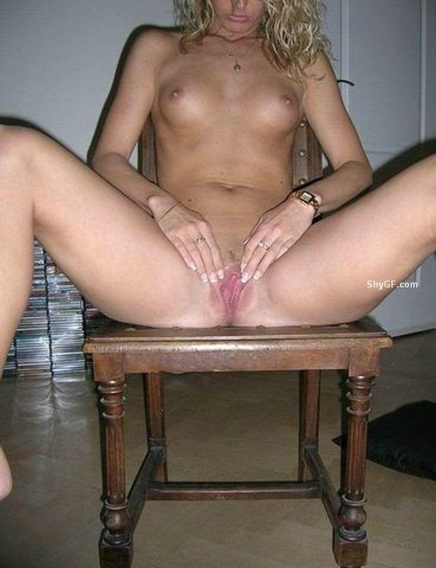 Amateur selfie nude pics Writed protecttion thumb drive Home move porn sex