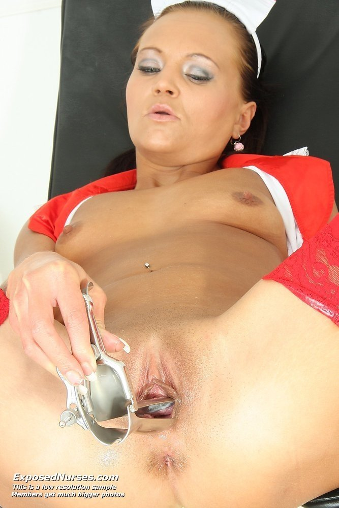 New wife gives handjob to boss
