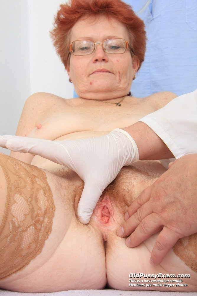 mature big tits and stockings
