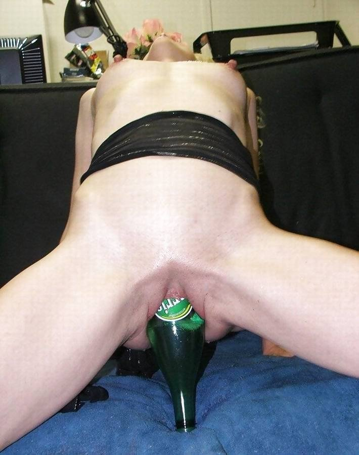 upside-down-nude-with-bottle-inserted-naked-junior-girly