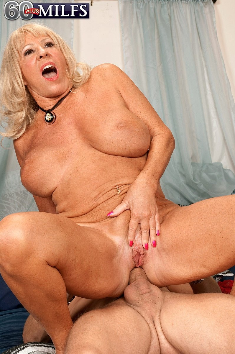 Attractive Donna gets anally fucked hard there